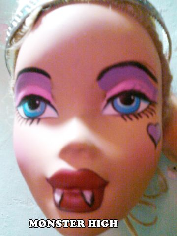 Monster High Painting Pictures